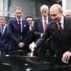 Путин посетил открытие завода Mercedes в Солнечногорске